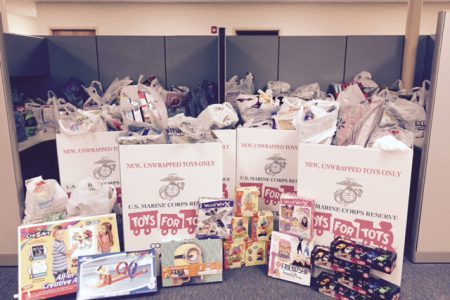 2015-toys-for-tots-donation